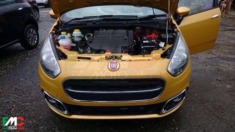 Fiat Punto Facelift Spied Undisguised - autoevolution on fiat bravo, fiat spider, fiat 500 abarth, fiat coupe, fiat stilo, fiat 500l, fiat linea, fiat 500 turbo, fiat marea, fiat cars, fiat cinquecento, fiat ritmo, fiat doblo, fiat seicento, fiat multipla, fiat panda, fiat barchetta, fiat x1/9,