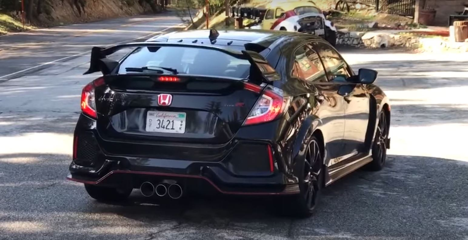 First 2018 Civic Type R Production Car Filmed in the U.S. - autoevolution