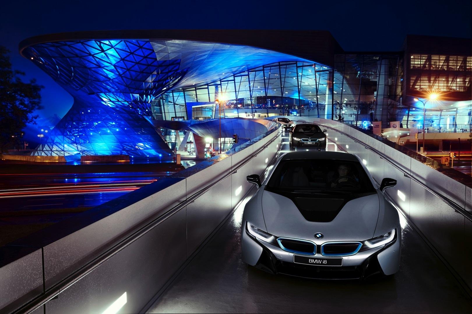 Hasil gambar untuk BMW welt