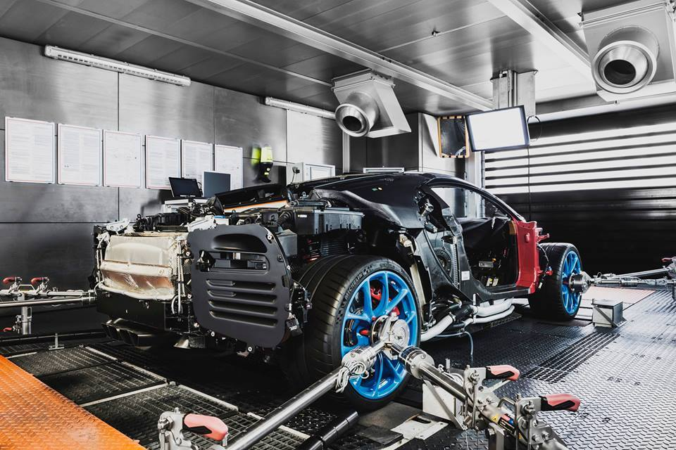 First Bugatti Chiron Customer Cars Are Ready Owners to Take
