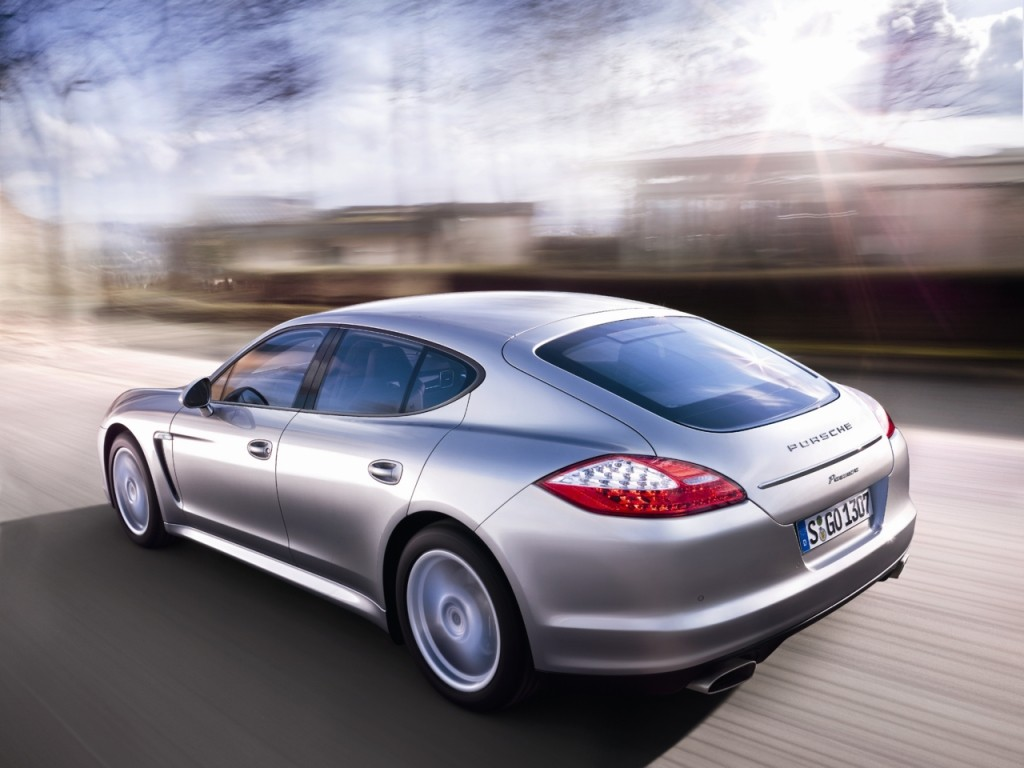 First Generation Porsche Panamera Production Finally Comes