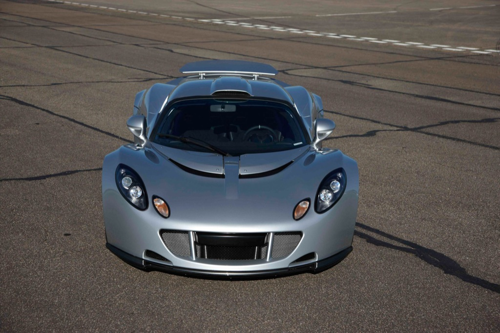first hennessey venom gt goes to middle east customer autoevolution. Black Bedroom Furniture Sets. Home Design Ideas