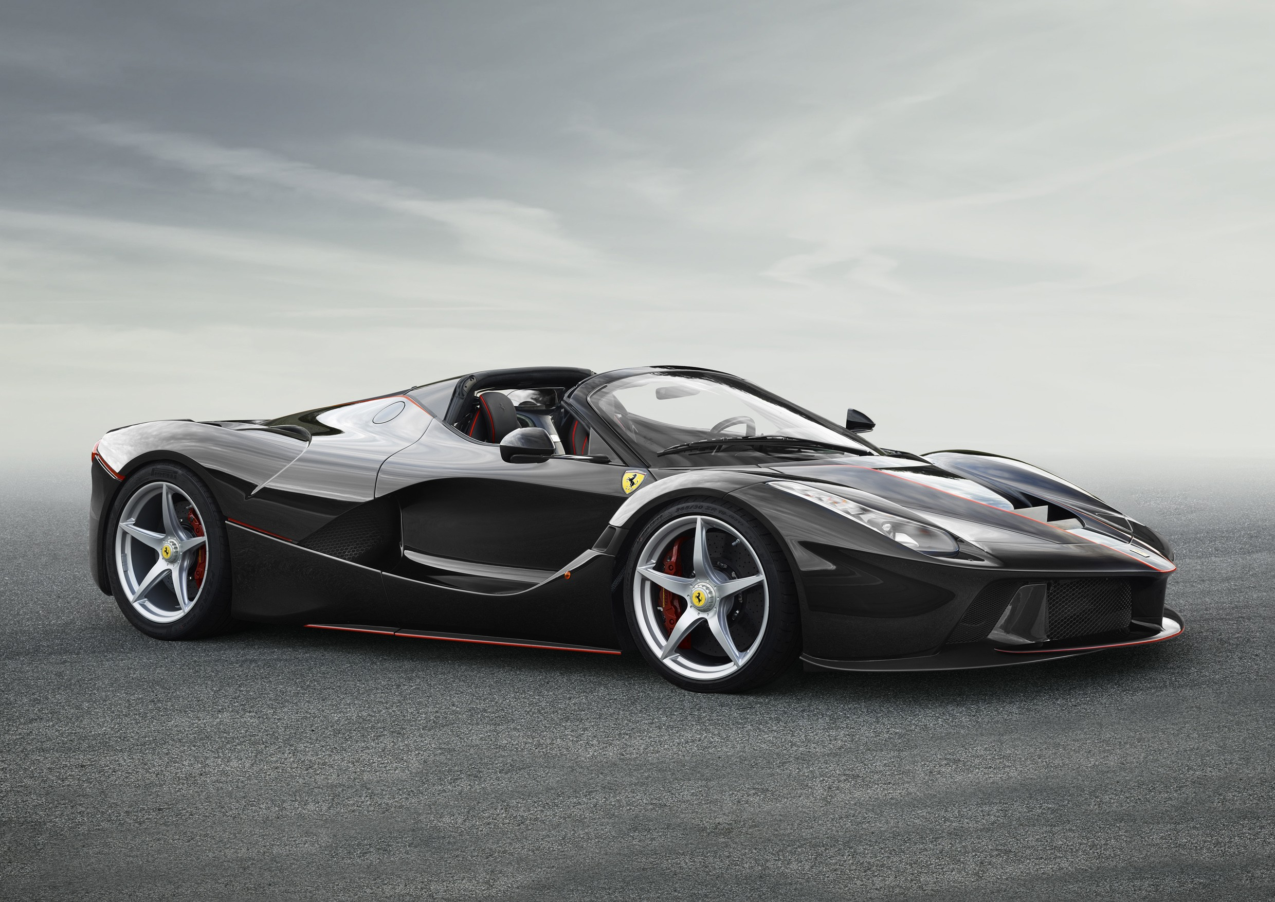 2017 laferrari aperta photos released won 39 t be called spider autoevolution. Black Bedroom Furniture Sets. Home Design Ideas