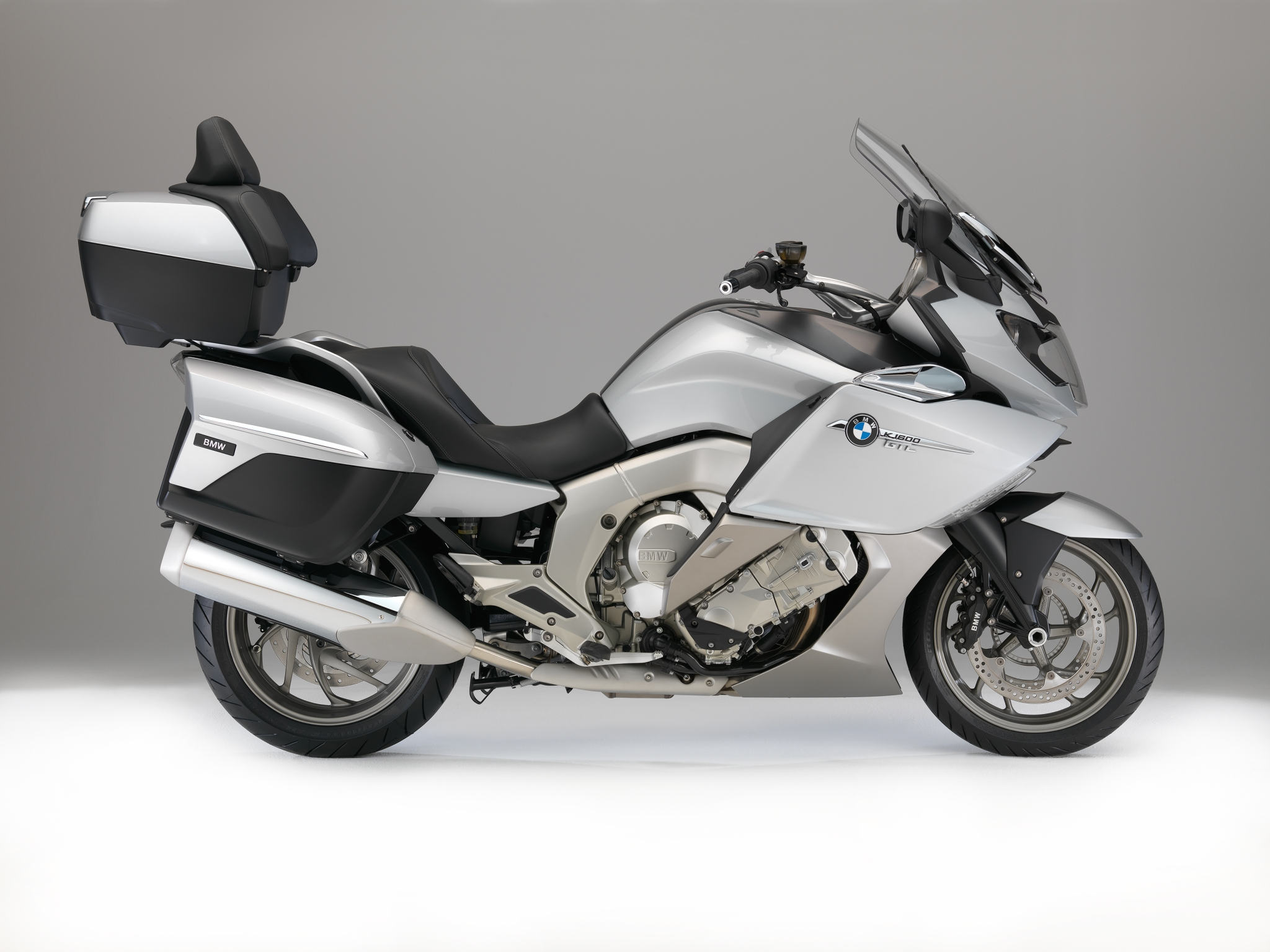 First Pictures of the 2015 BMW Bike Line-up - autoevolution