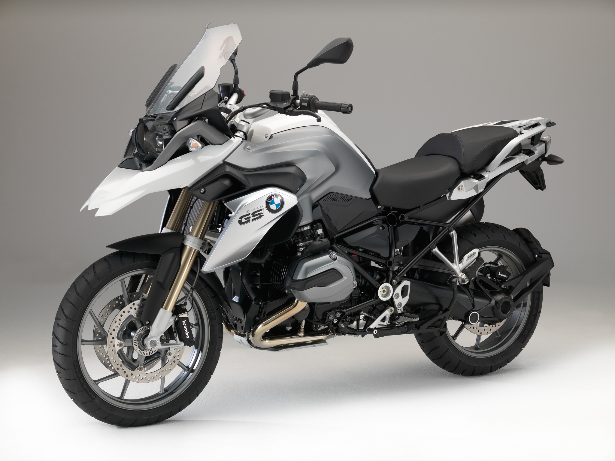 First Pictures Of The 2015 Bmw Bike Line Up Autoevolution