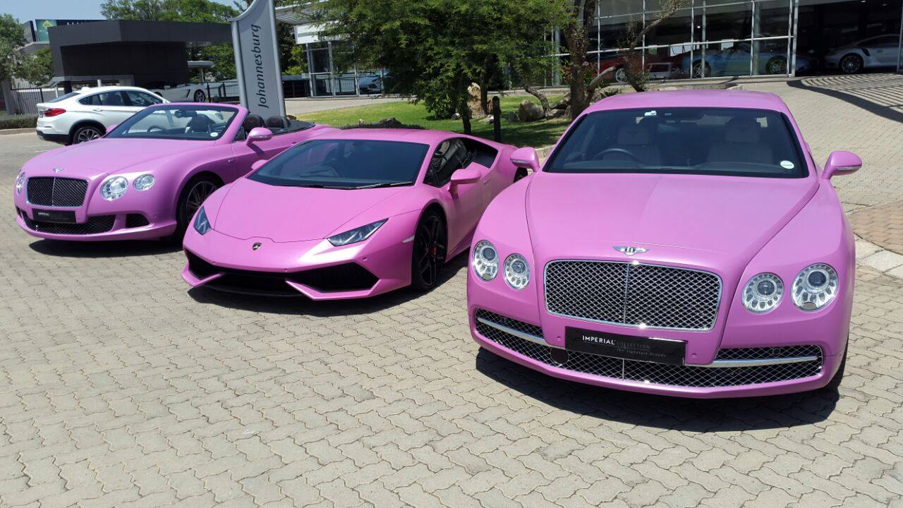First Pink Lamborghini Huracan Fights Breast Cancer Aided