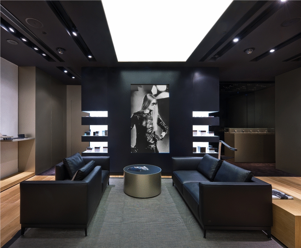 First Porsche Design Store In Asia Opens In Singapore Autoevolution