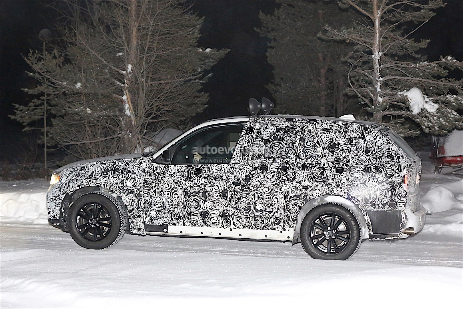 first-spy-​shots-of-n​ext-genera​tion-bmw-x​5-photo-ga​llery_3