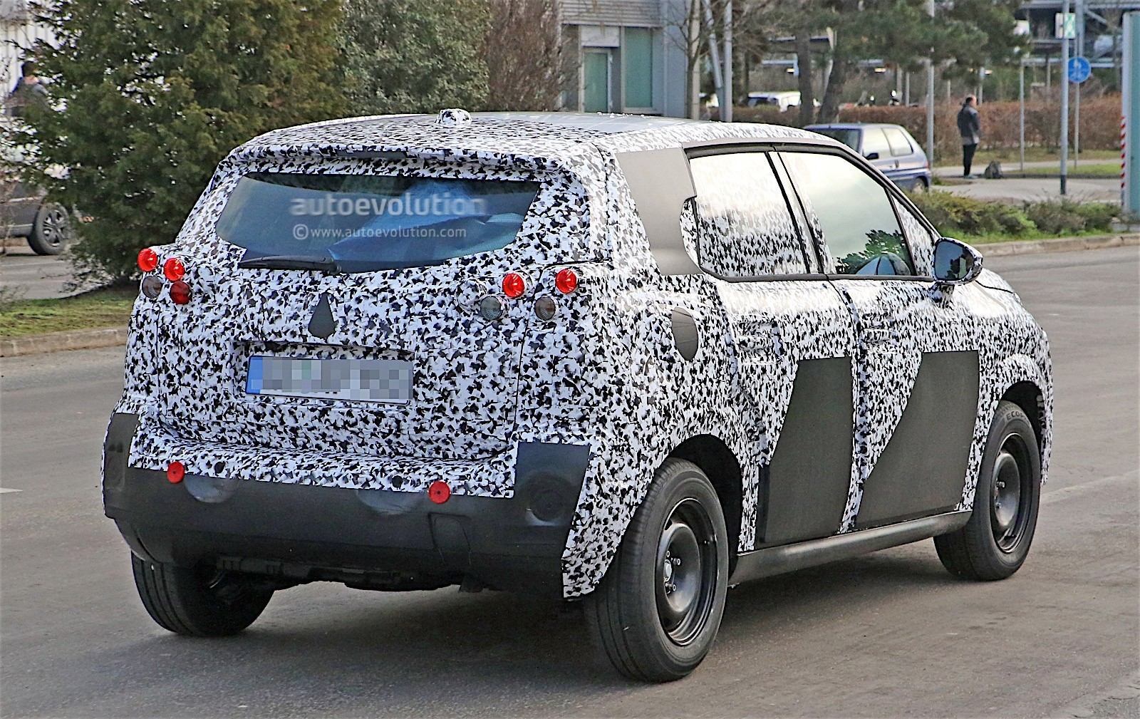 2017 citroen c3 picasso spied for the first time autoevolution