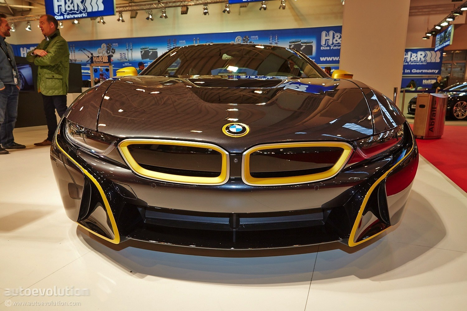 First Tuned Bmw I8 Shows Up At The Essen Motor Show Under Manhart S