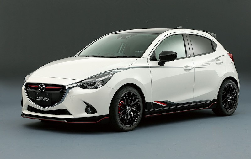 first tuned mazda2 and cx 3 revealed ahead of tokyo auto salon 2015 autoevolution. Black Bedroom Furniture Sets. Home Design Ideas