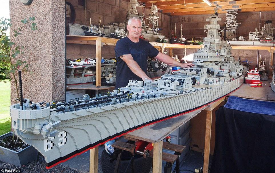 ... to Create Impressive 24-Foot Long LEGO USS Missouri - autoevolution