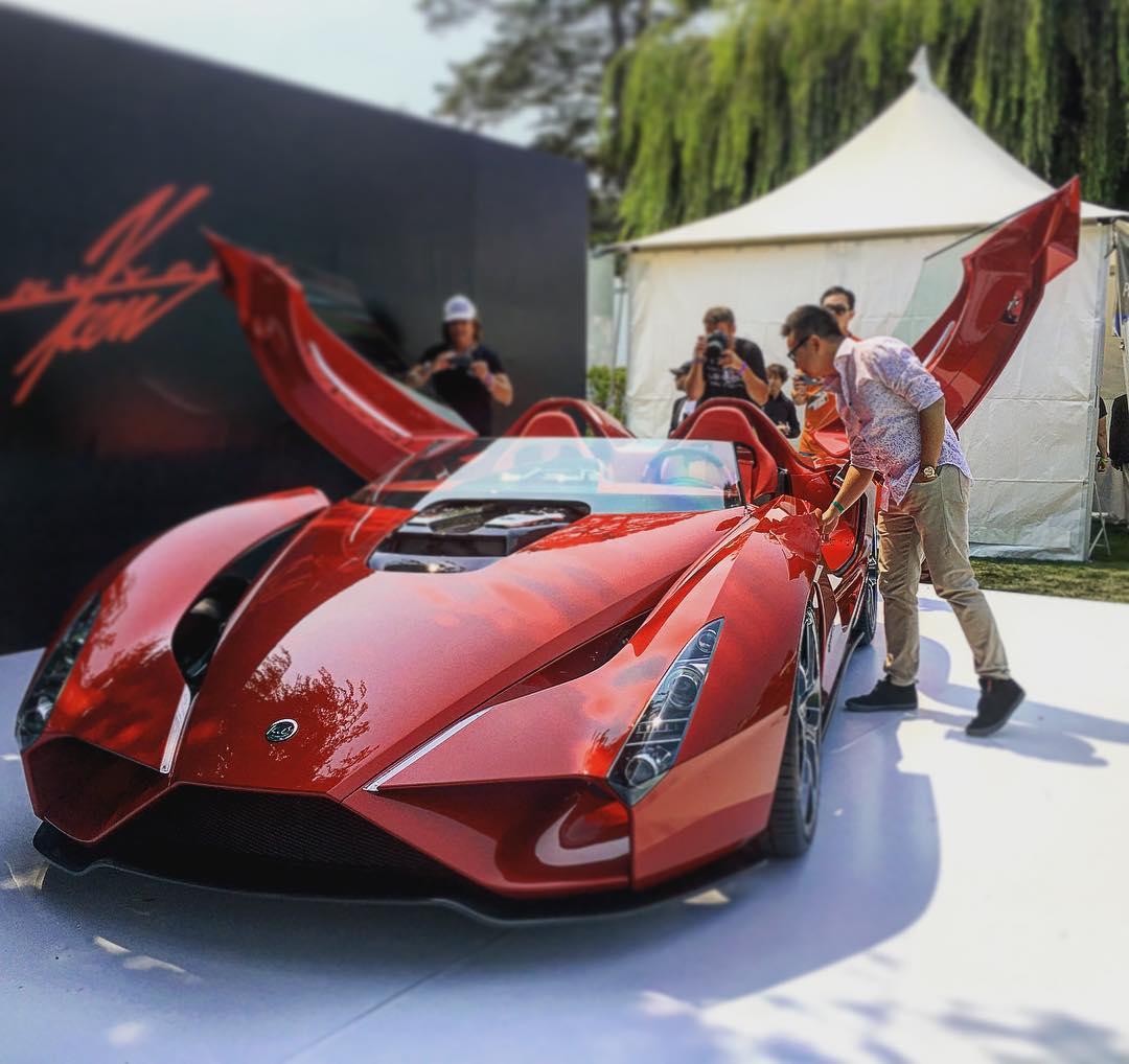 Floyd Mayweather Buys New Bugatti Veyron Grand Sport