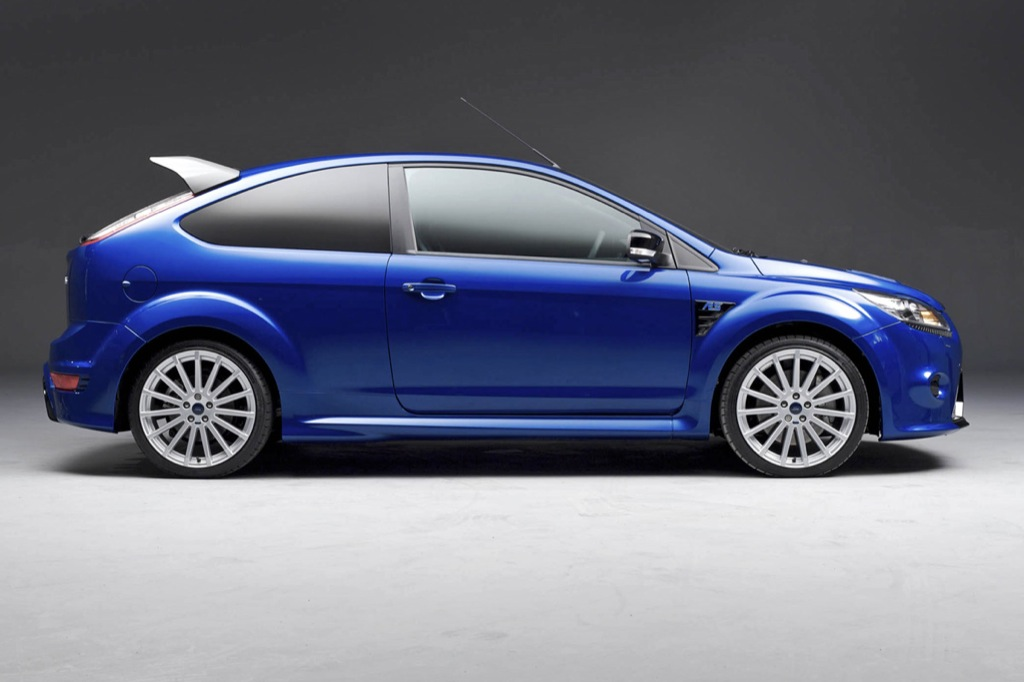 ford announces focus rs prices autoevolution. Black Bedroom Furniture Sets. Home Design Ideas