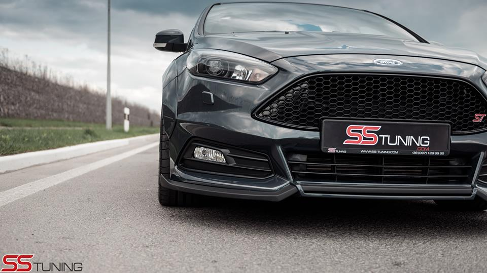 ford focus st sedan by ss tuning has an sti wing autoevolution. Black Bedroom Furniture Sets. Home Design Ideas