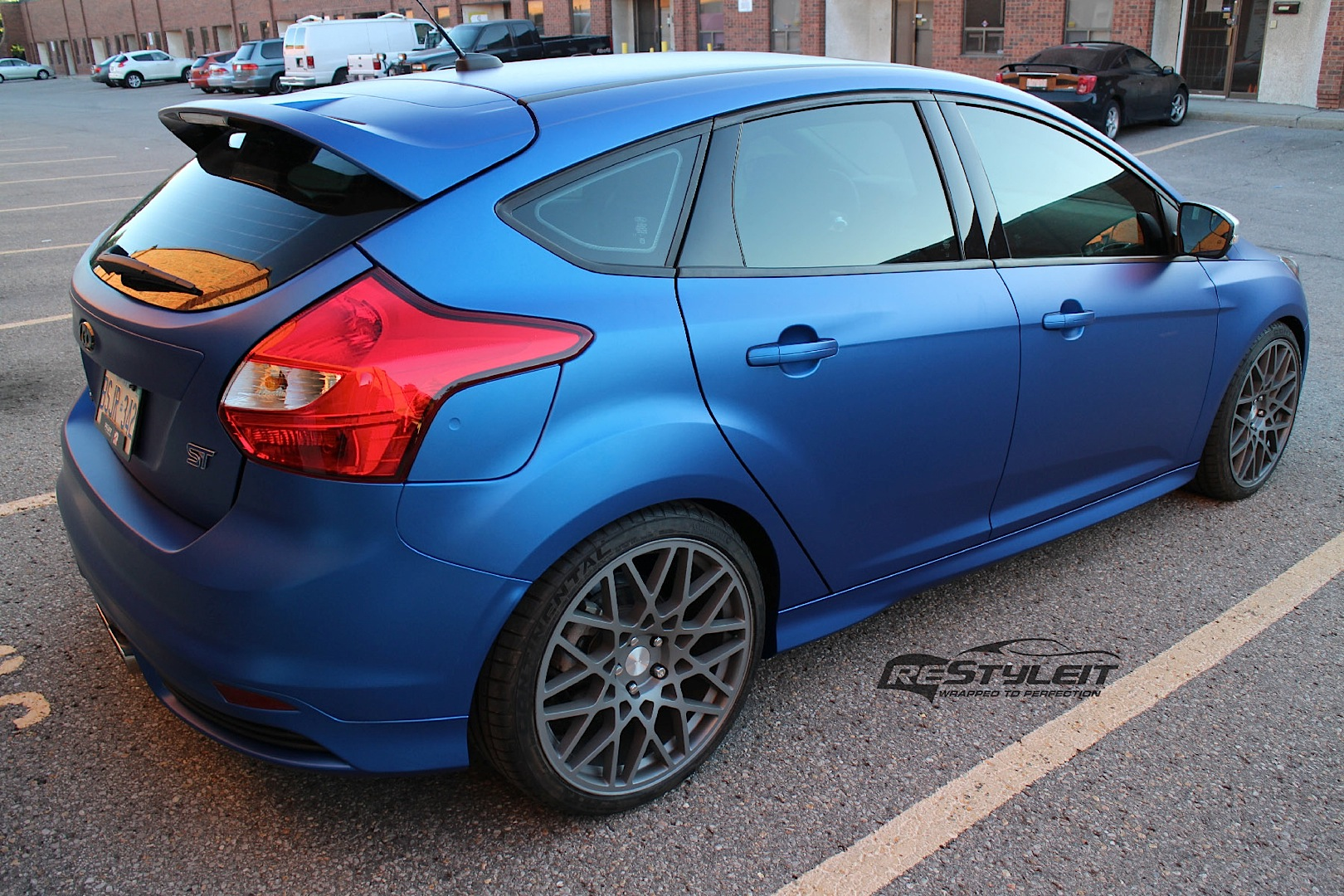 Ford Focus St Wrapped In Metallic Blue Autoevolution