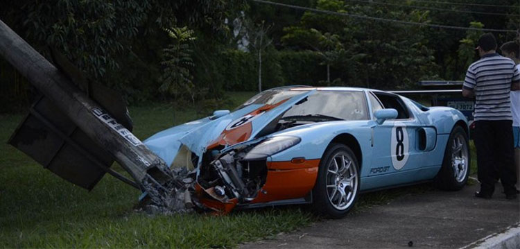 Ford Gt Heritage Edition Crash In Brazil