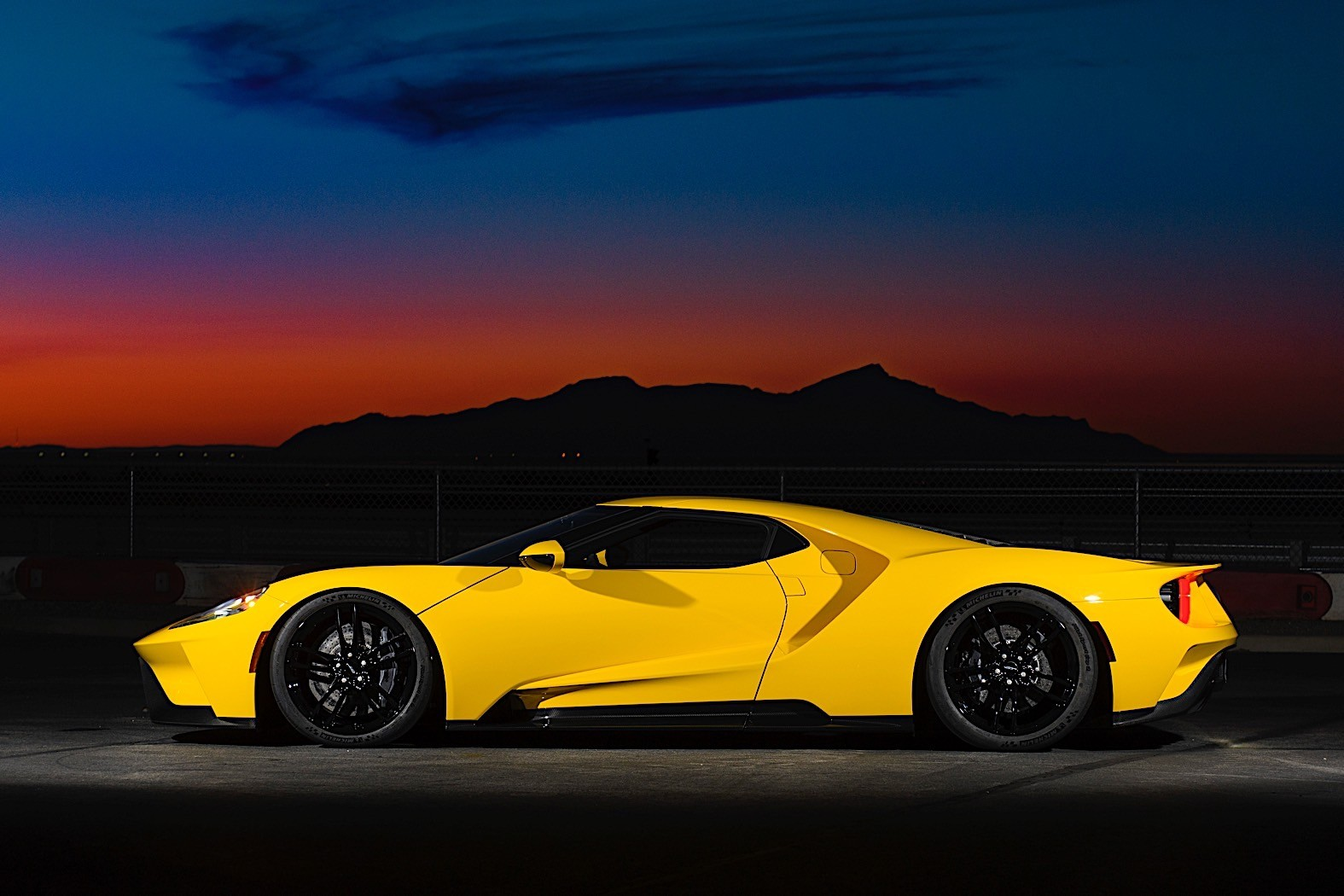 Ford GT Production Run Extended with Additional 350 Units - autoevolution