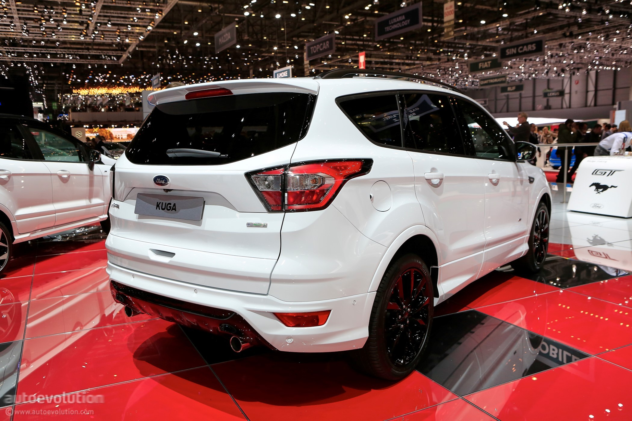 2018 ford kuga shows off in geneva in st line specification autoevolution. Black Bedroom Furniture Sets. Home Design Ideas