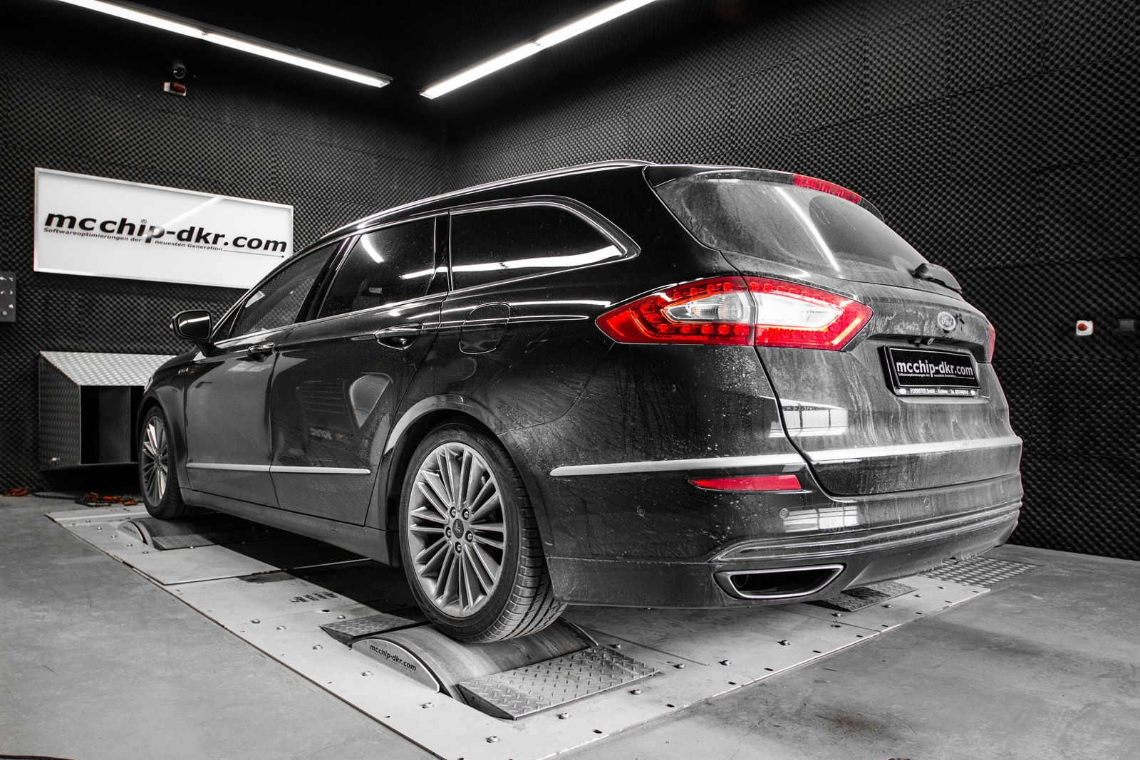 Ford Mondeo 2.0 Bi-Turbo Diesel Tuned to 235 HP by Mcchip ...