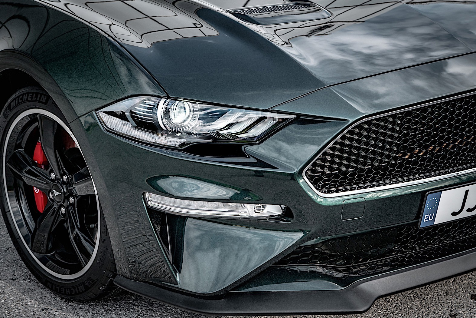 less powerful ford mustang bullitt to sell in europe. Black Bedroom Furniture Sets. Home Design Ideas