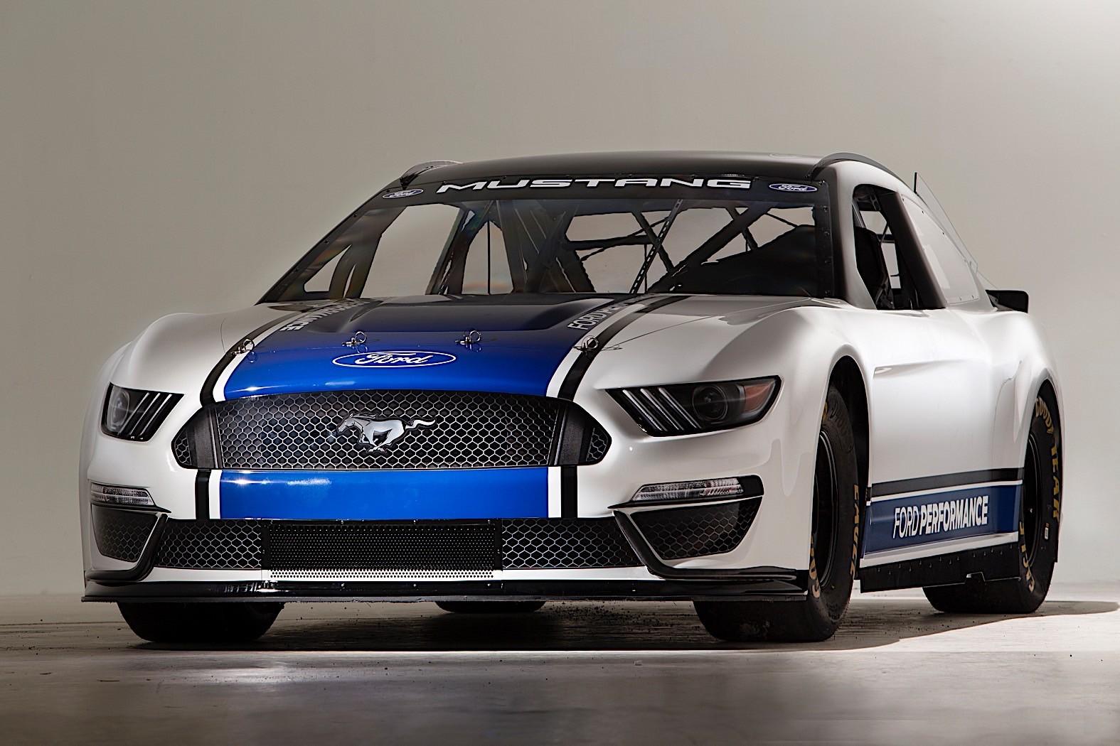 Nascar Cup Mustang