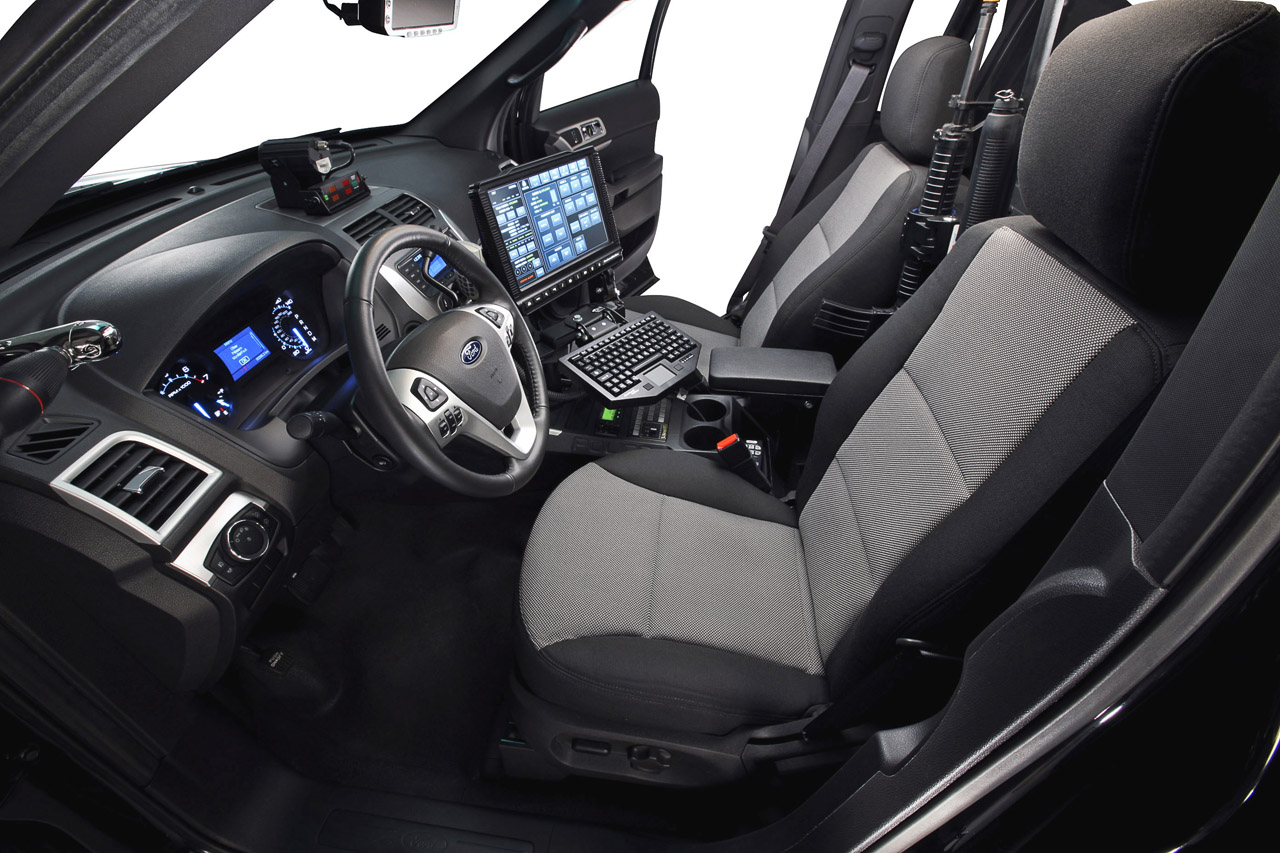 ford presents explorer police interceptor utility autoevolution. Black Bedroom Furniture Sets. Home Design Ideas