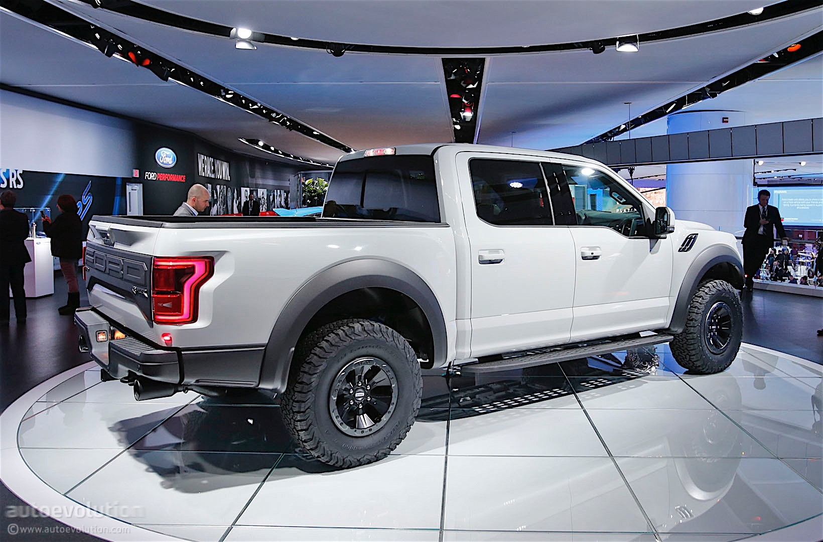 2017 Ford Mustang Ecoboost >> Ford F-150 Raptor Gets a SuperCrew Version in Detroit, Looks Awesome - autoevolution