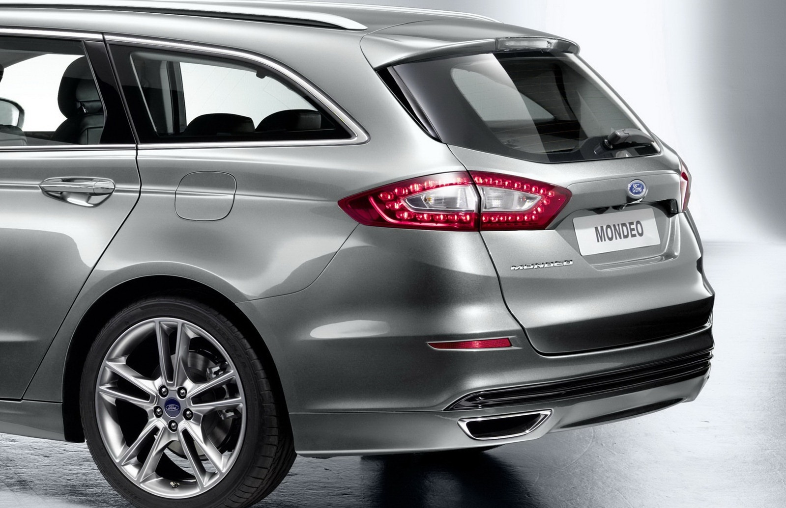 ford releases first official photos of all new 2013 mondeo. Black Bedroom Furniture Sets. Home Design Ideas