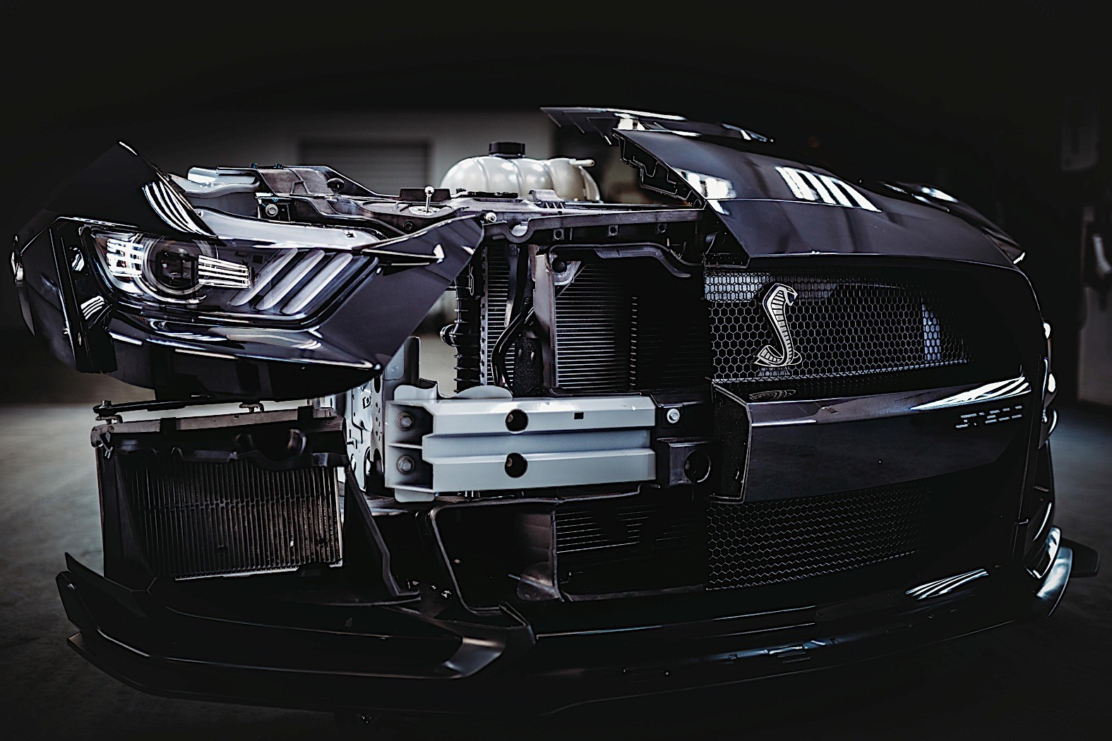 ford reveals how it shaped the 2020 mustang shelby gt500 autoevolution. Black Bedroom Furniture Sets. Home Design Ideas