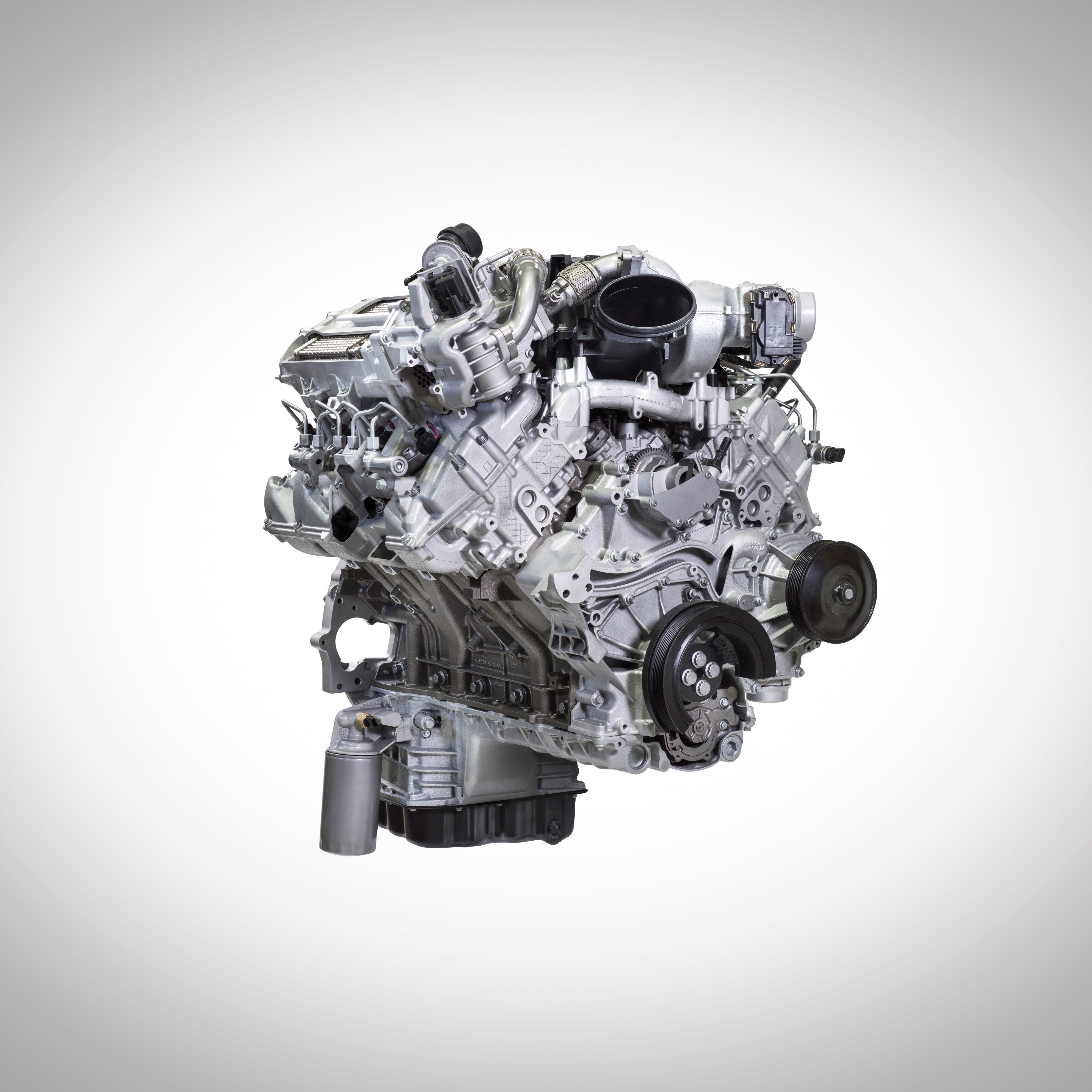 Ford Shows Off Engine, Transmission Advances for Super Duty Trucks