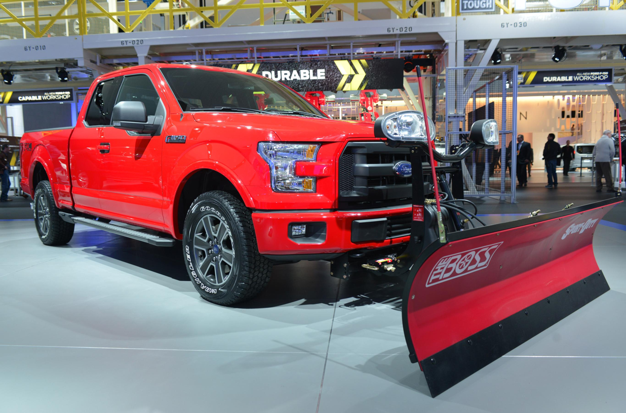 ford to offer snow plow prep option for 2015 f 150 truck autoevolution. Black Bedroom Furniture Sets. Home Design Ideas