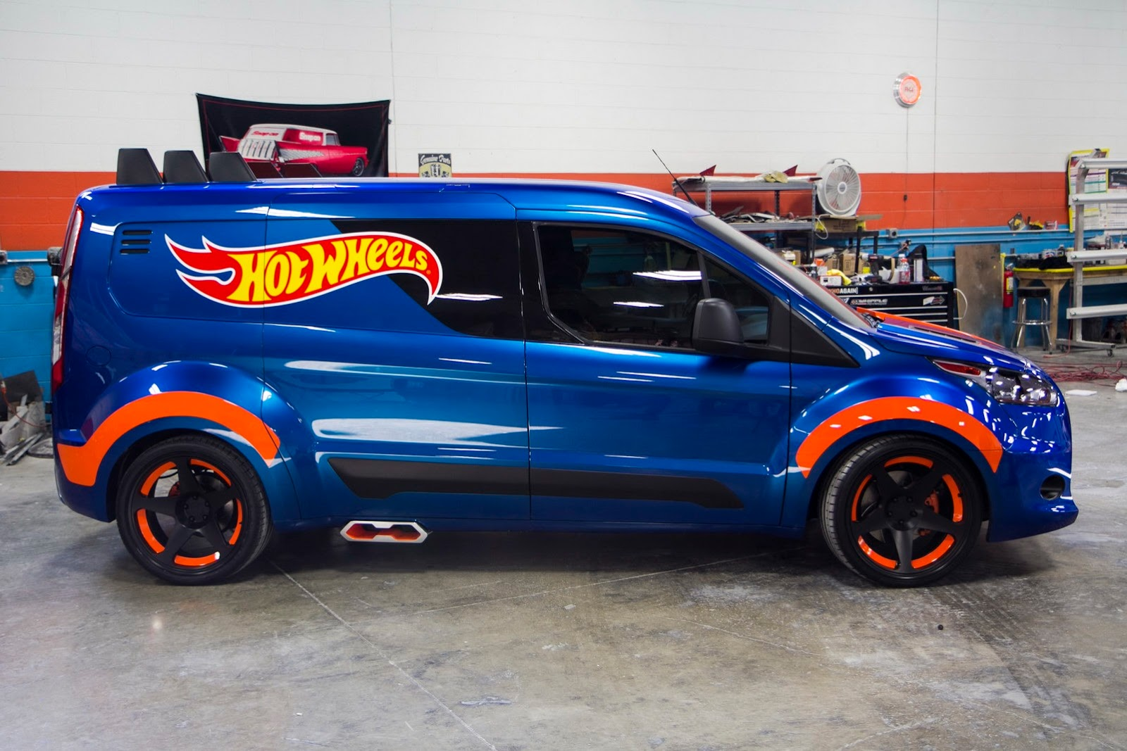 ford transit connect hot wheels concept is a race ready. Black Bedroom Furniture Sets. Home Design Ideas