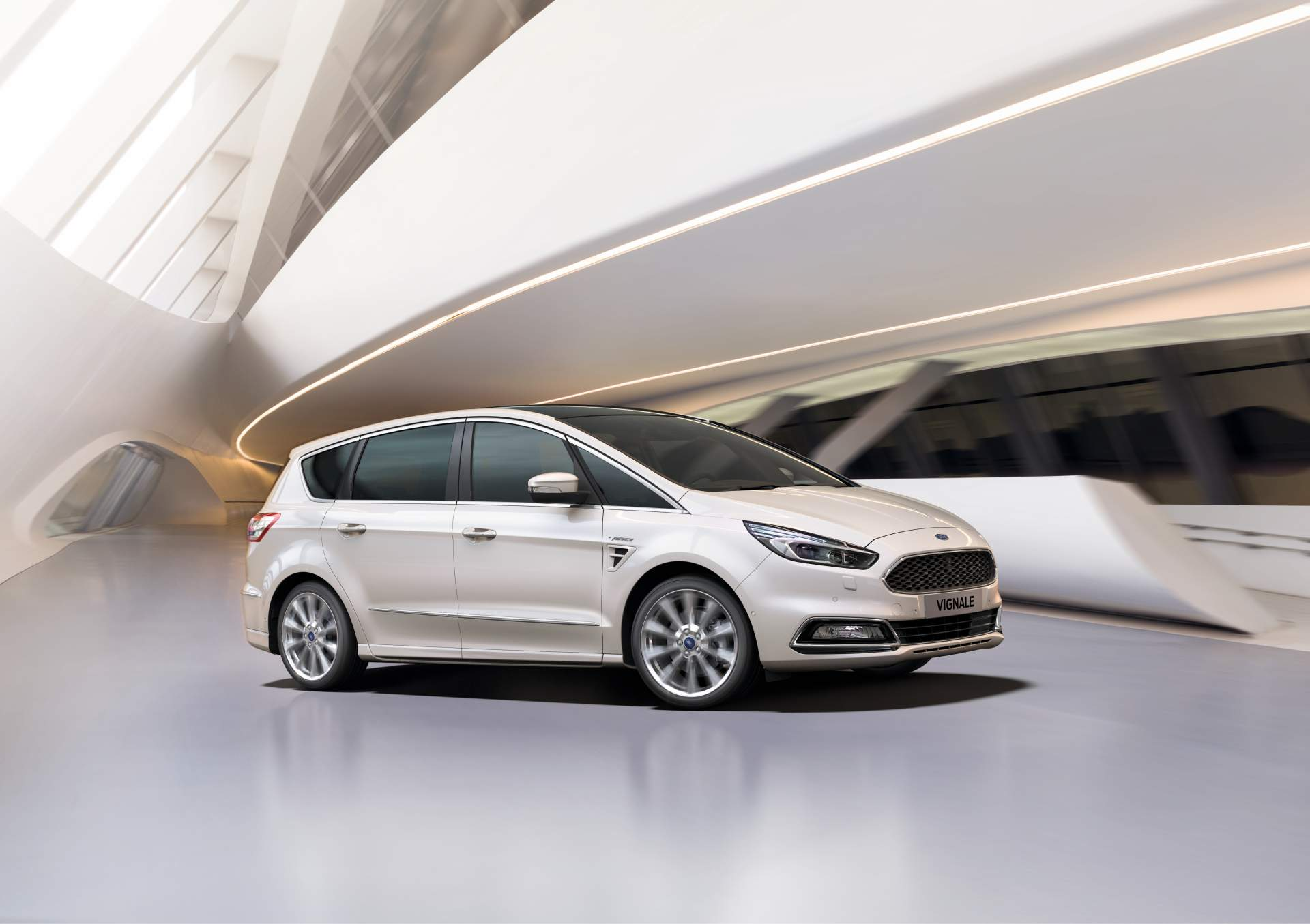 2014 - [Ford] S-Max II - Page 7 Ford-updates-s-max-galaxy-for-2019_10