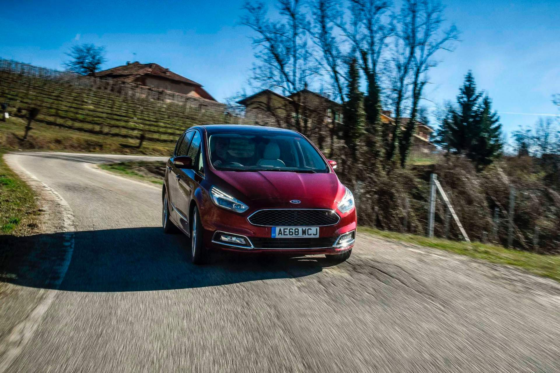 2014 - [Ford] S-Max II - Page 7 Ford-updates-s-max-galaxy-for-2019_6