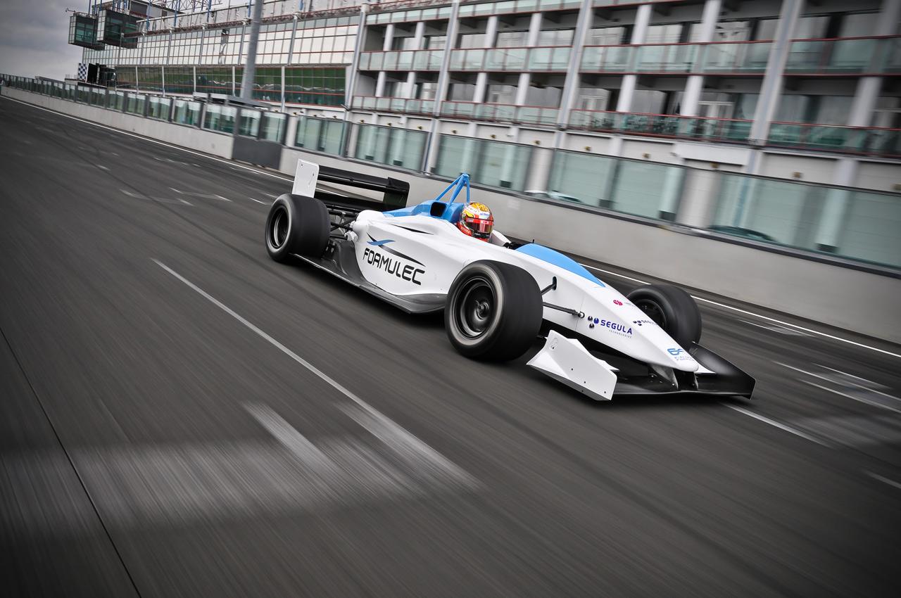 Ktm S E3w Three Wheeler To Take On Renault Twizy