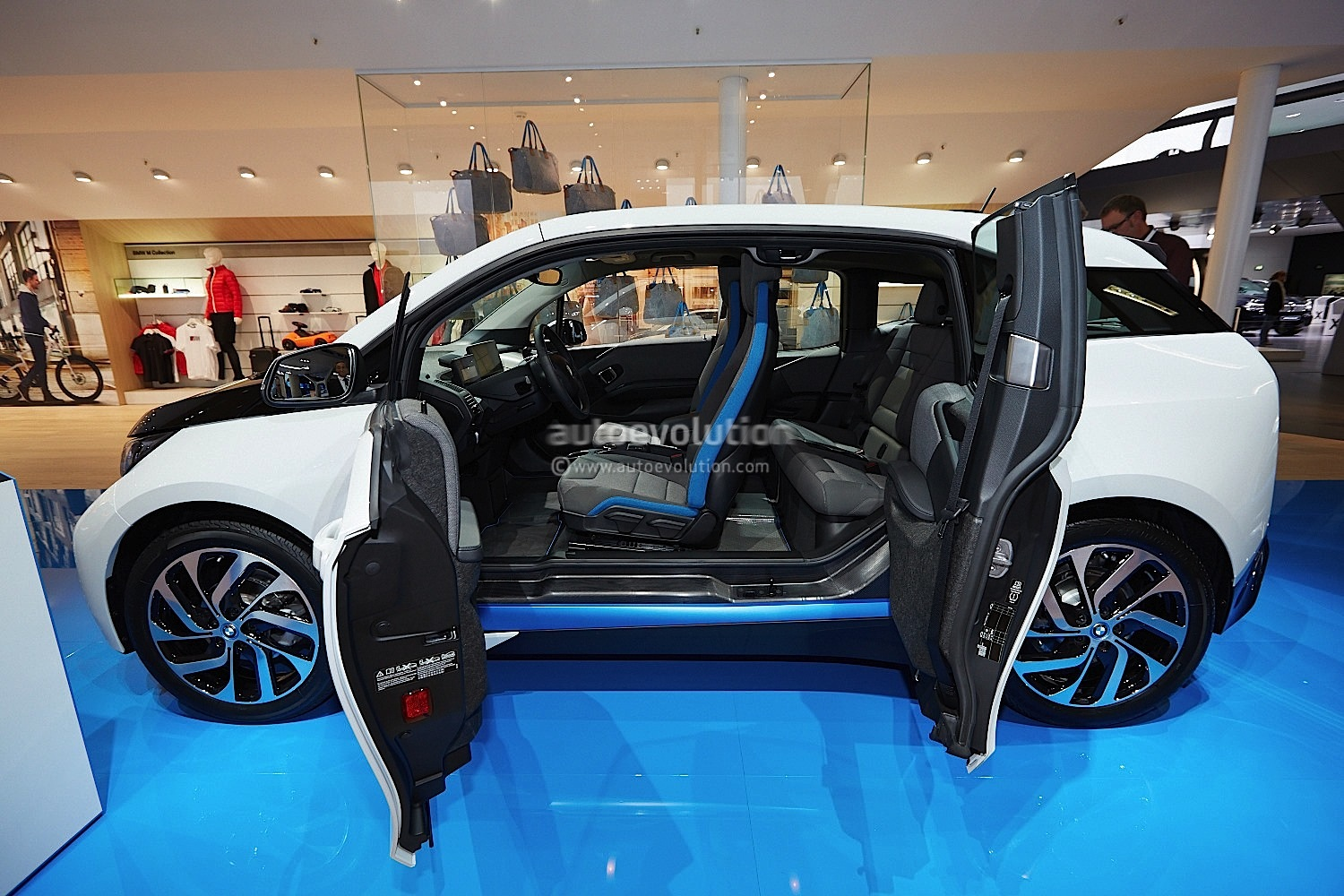 Frankfurt 2013 Bmw I3 Live Photos Autoevolution