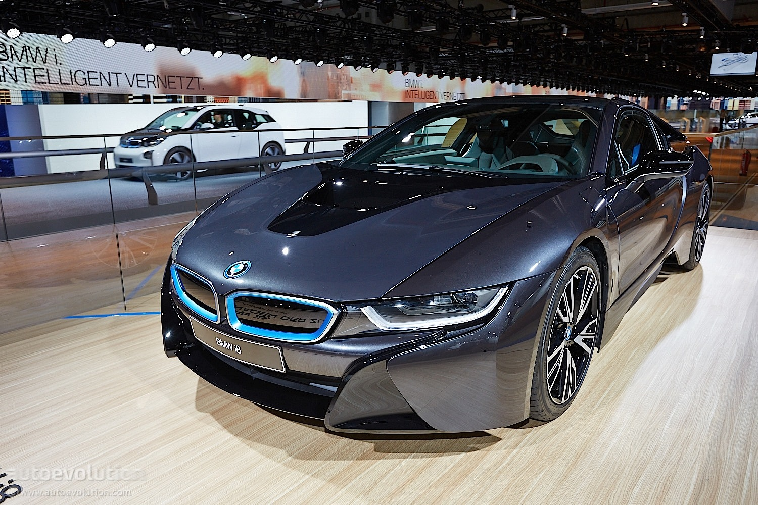 frankfurt 2013 bmw i8 world debut autoevolution. Black Bedroom Furniture Sets. Home Design Ideas