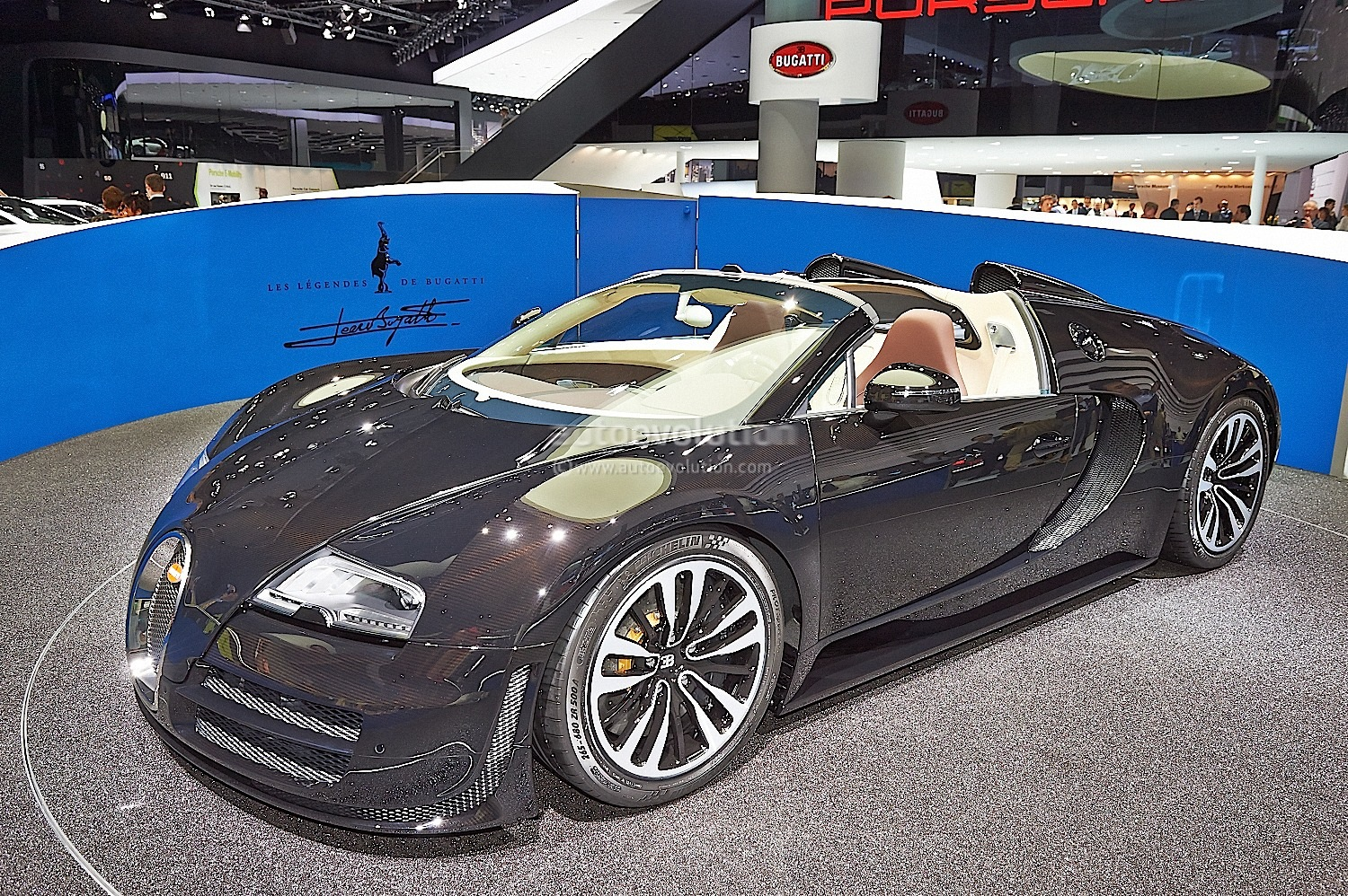 2013 bugatti veyron grand sport record youtube rachael edwards. Black Bedroom Furniture Sets. Home Design Ideas