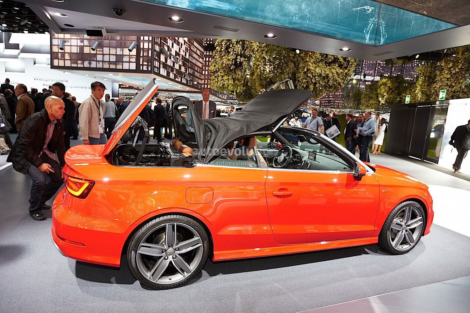 Frankfurt 2013: New Audi A3 Cabriolet [Live Photos ...