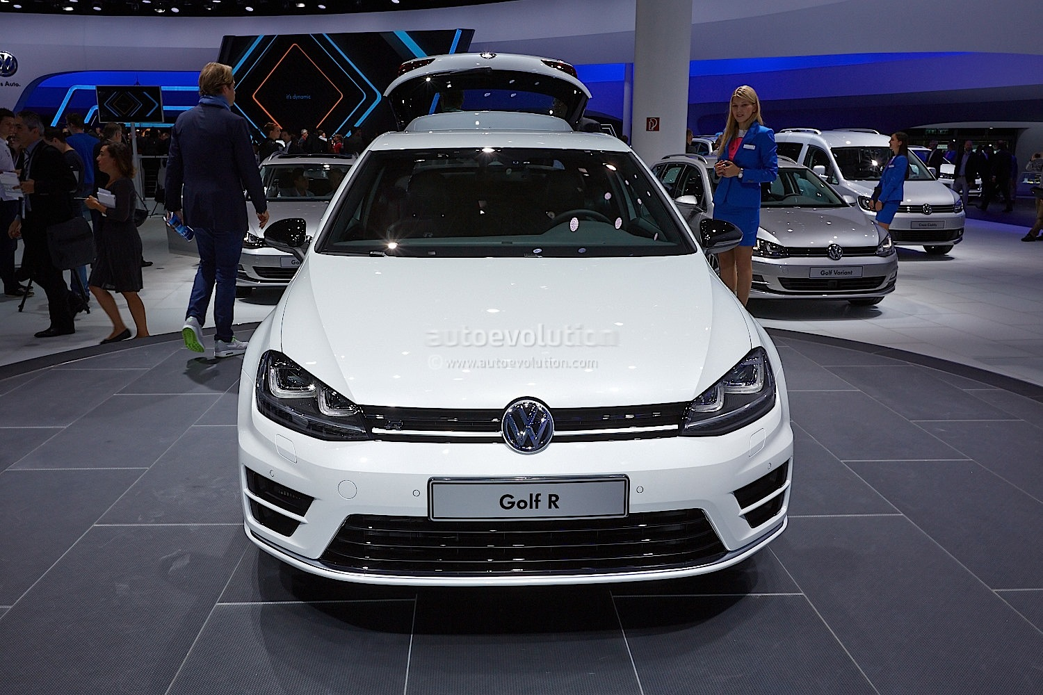 Mercedes B Class Electric >> Frankfurt 2013: New Golf R Makes World Debut [Live Photos] - autoevolution