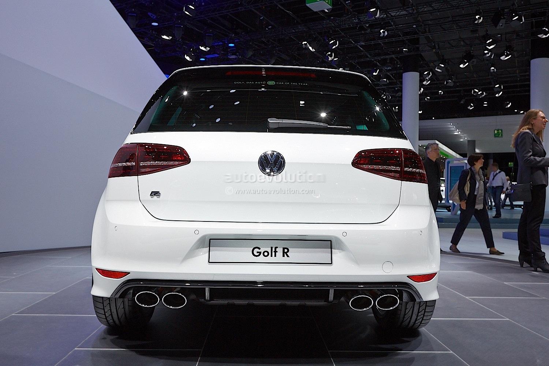 4 Car Garage >> Frankfurt 2013: New Golf R Makes World Debut [Live Photos ...