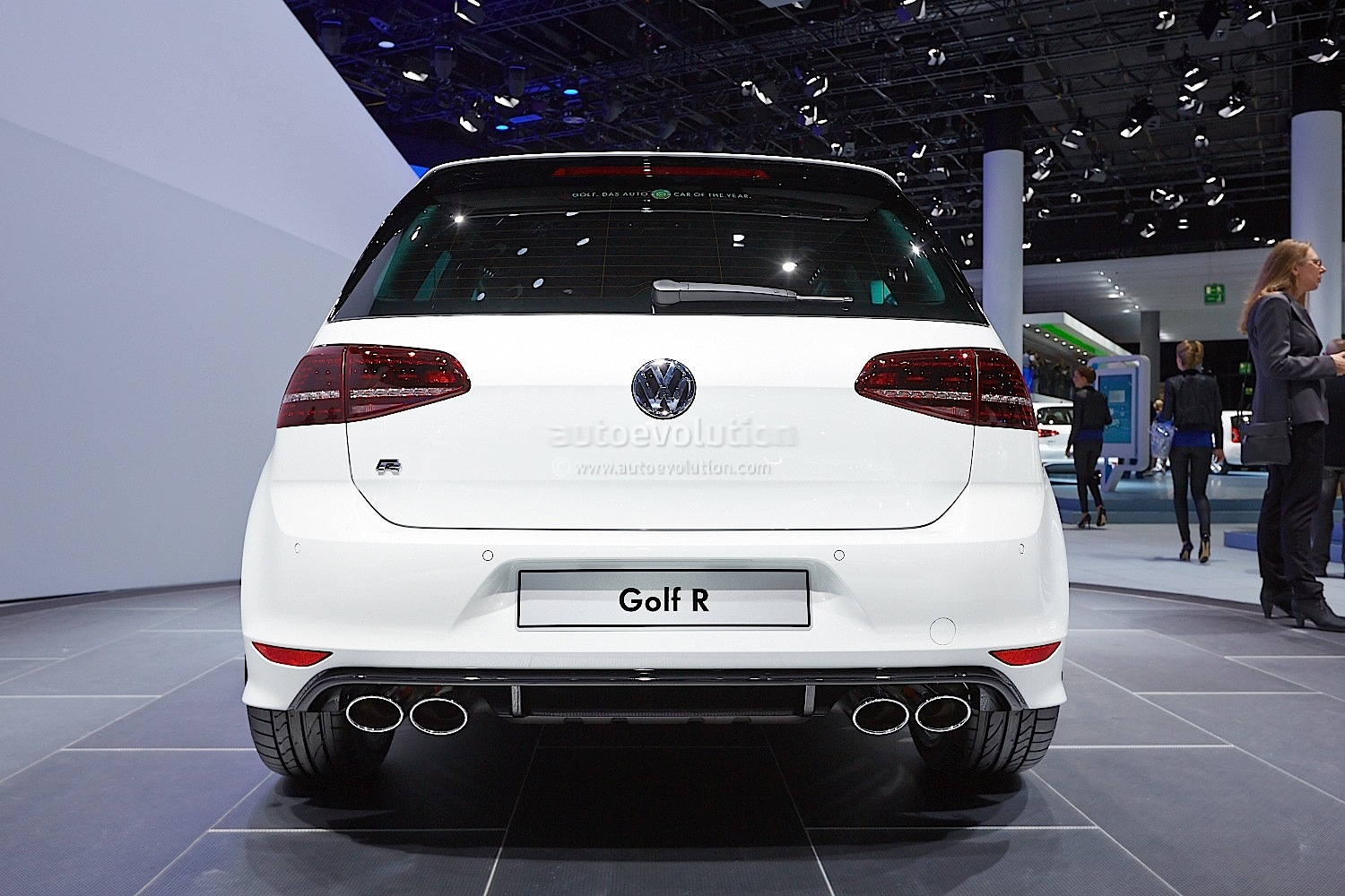 Frankfurt 2013 New Golf R Makes World Debut Live Photos