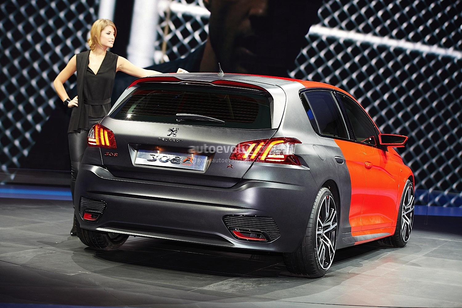 frankfurt 2013 peugeot 308 r concept. Black Bedroom Furniture Sets. Home Design Ideas