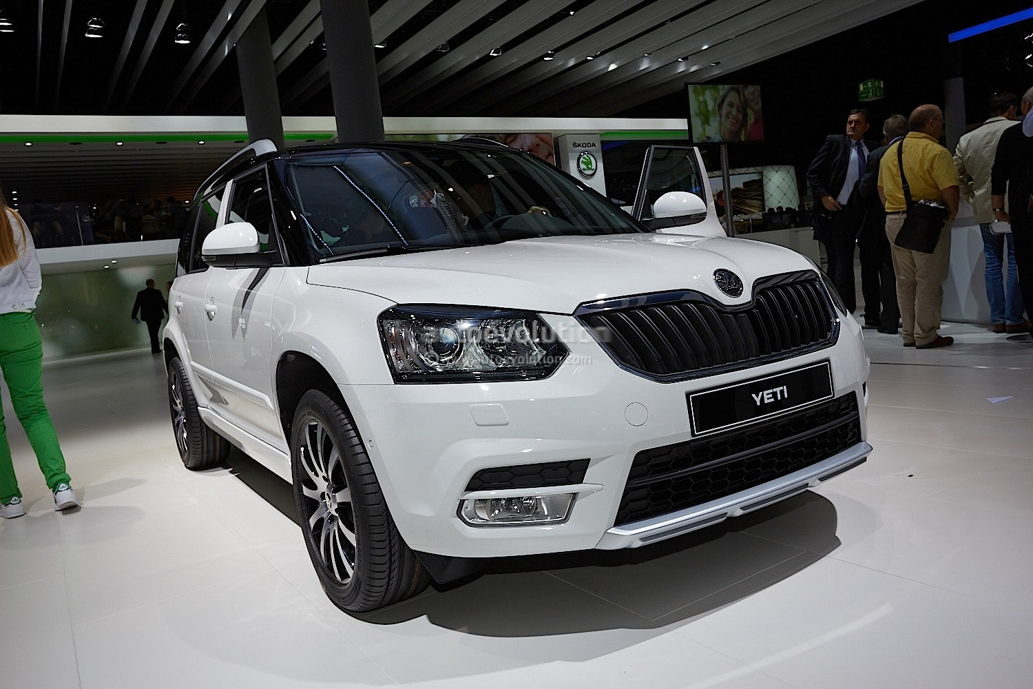 frankfurt 2013 skoda yeti facelift live photos. Black Bedroom Furniture Sets. Home Design Ideas