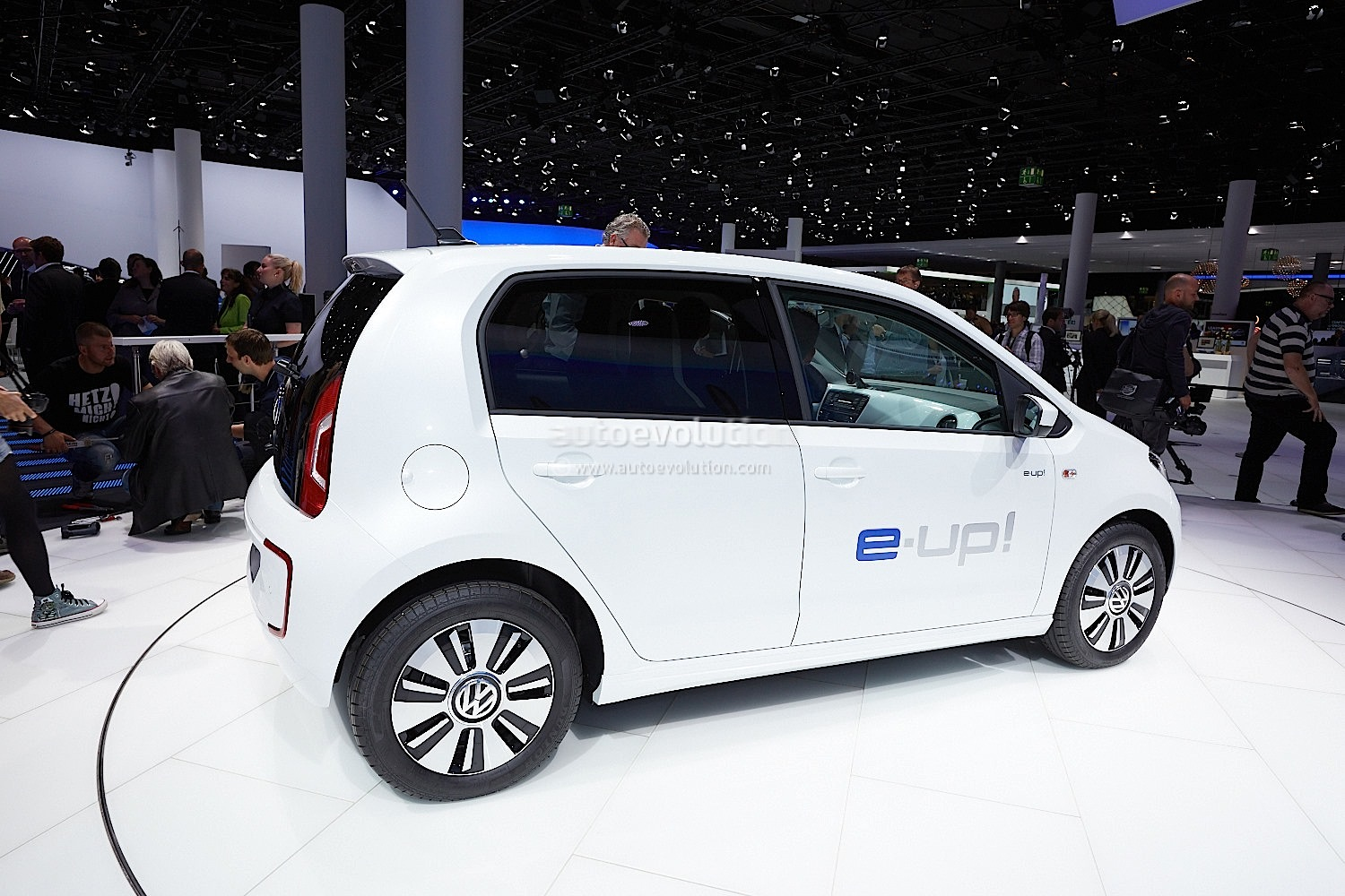 Frankfurt 2013: Volkswagen e-Up! [Live Photos] - autoevolution