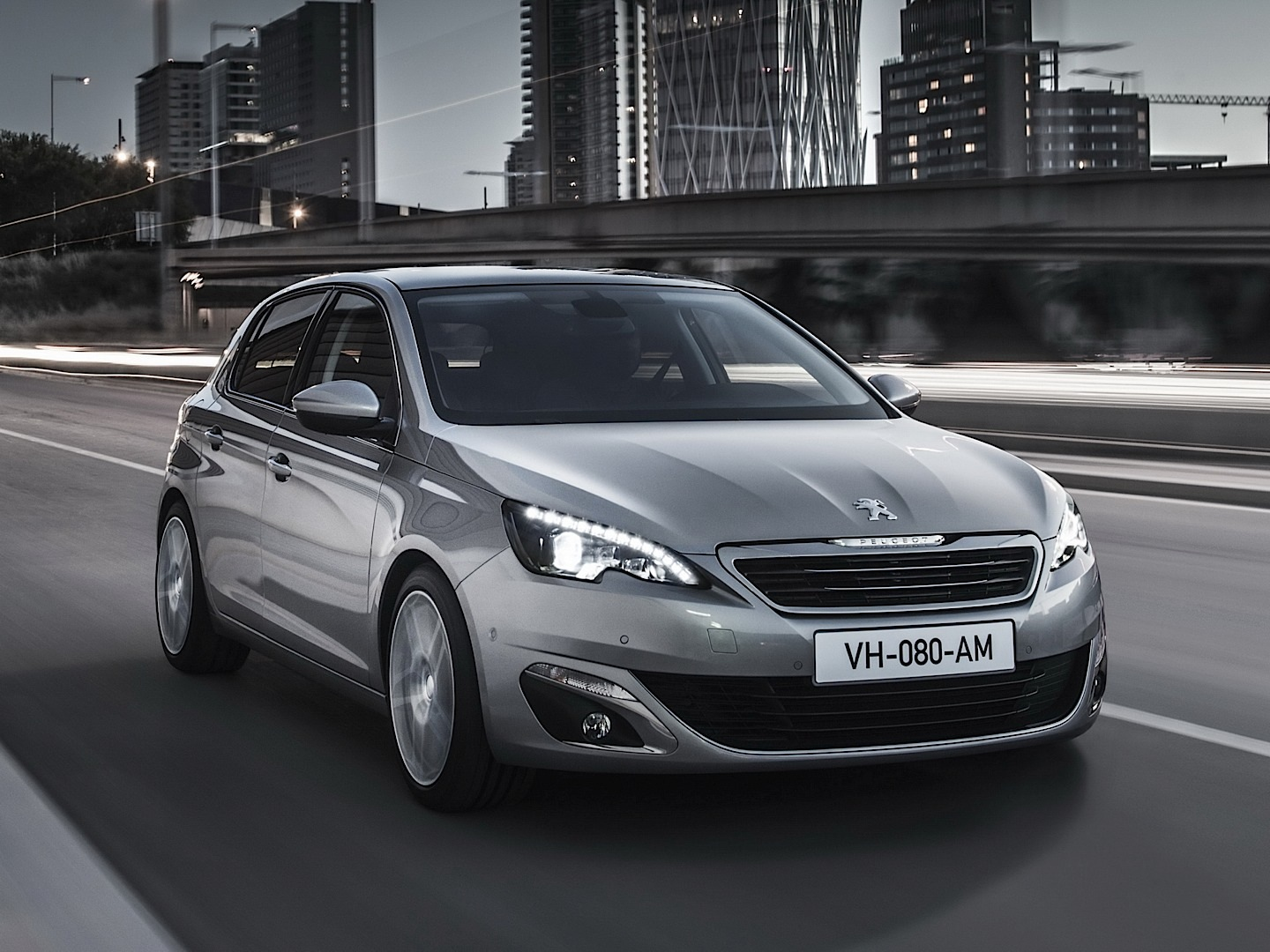fresh 2014 peugeot 308 photos leaked shed new light on french compact autoevolution. Black Bedroom Furniture Sets. Home Design Ideas