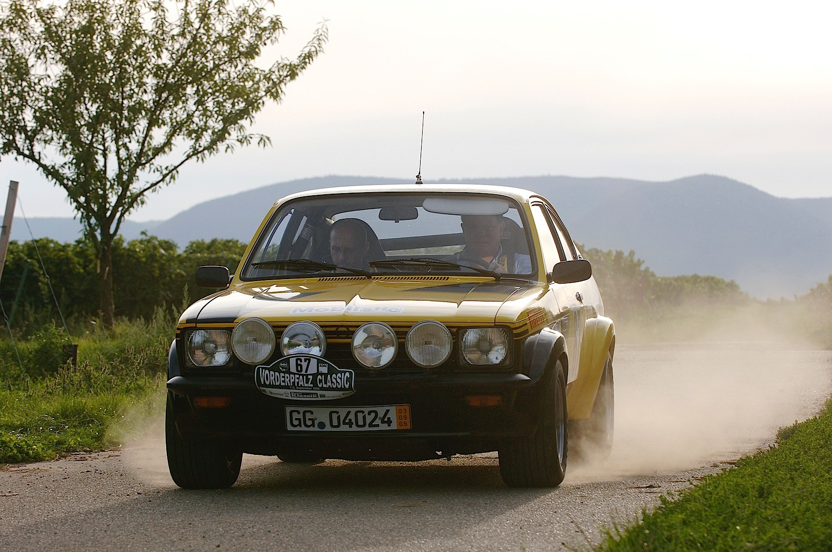 From rags to riches a visual guide of the opel astra through the opel kadett c gte sciox Choice Image