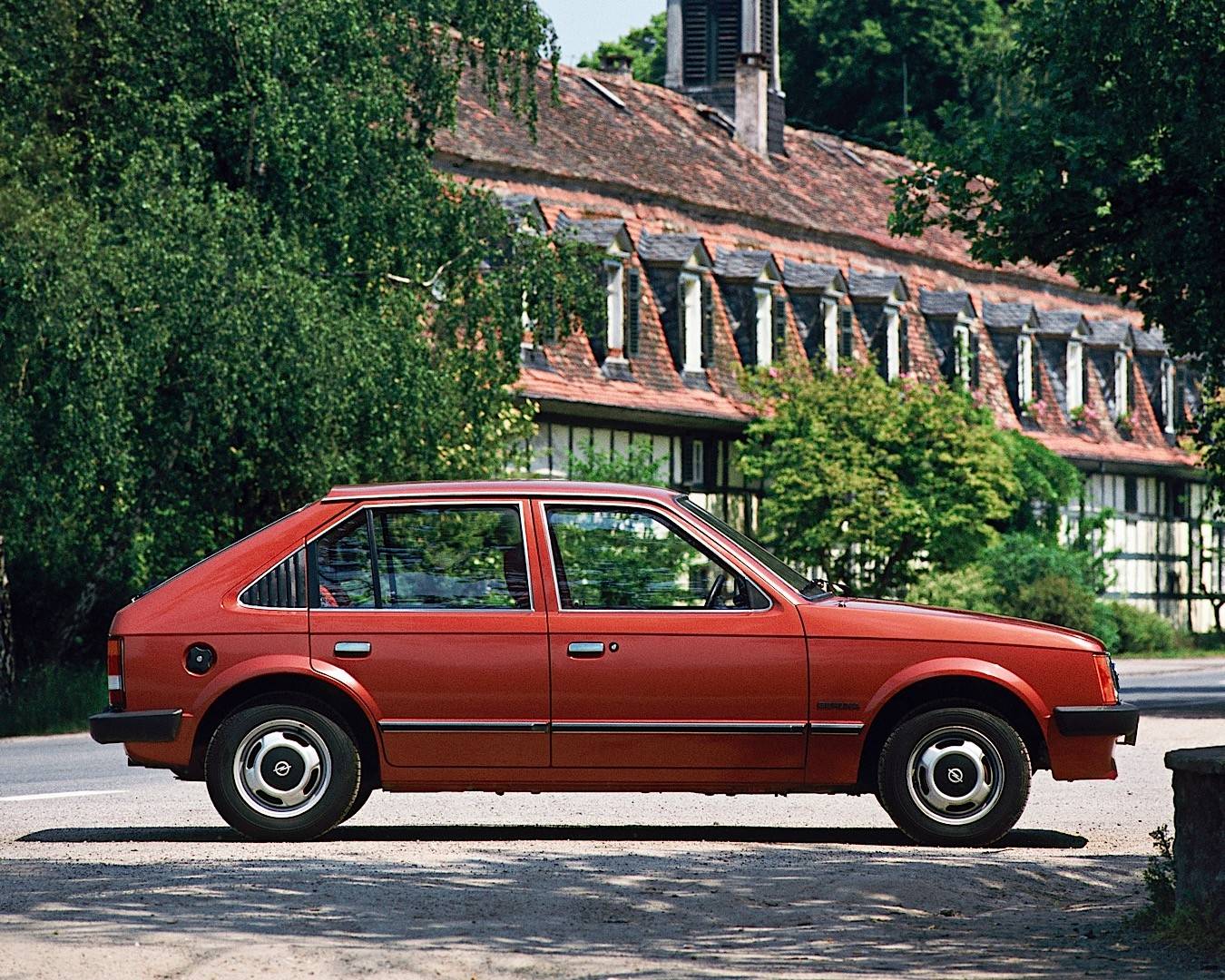 From Rags to Riches: a Visual Guide of the Opel Astra ...