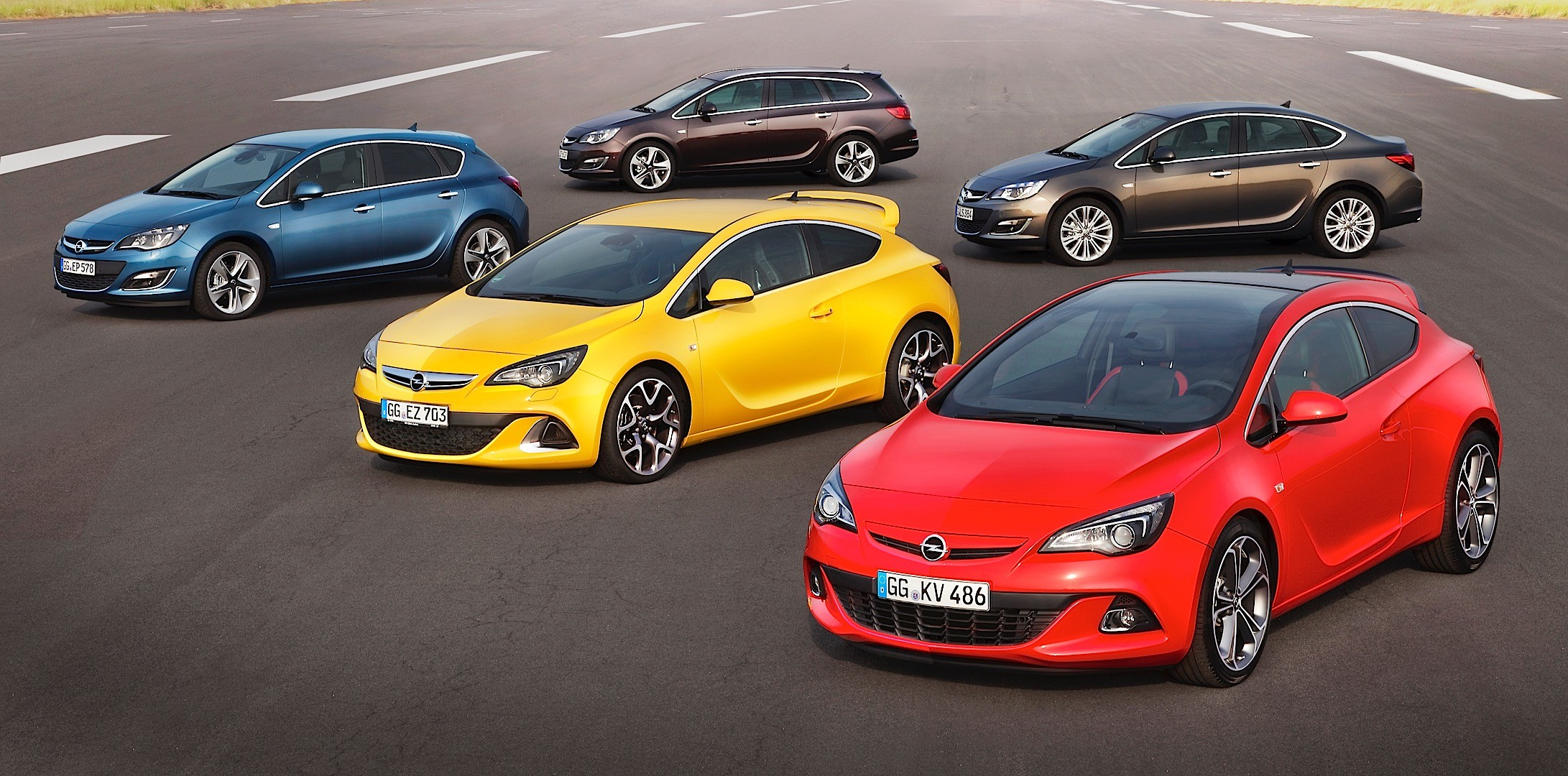 from rags to riches a visual guide of the opel astra. Black Bedroom Furniture Sets. Home Design Ideas